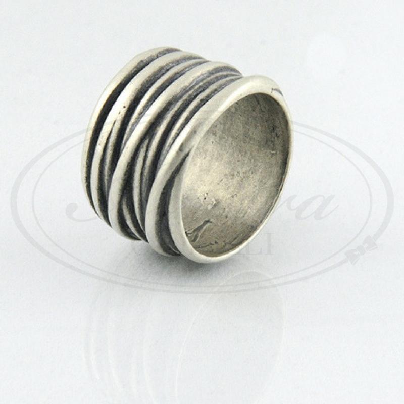 miglior servizio 8d93c 6dae2 anello uomo artigianale argento - Aurora Gioielli
